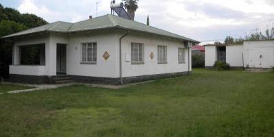 Kroonstad, 9499, 3 Bedrooms Bedrooms, ,1 BathroomBathrooms,House,For Sale,1139