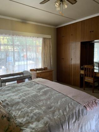 Kroonstad, 4 Bedrooms Bedrooms, ,3 BathroomsBathrooms,House,For Sale,1151