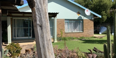 Kroonstad, 4 Bedrooms Bedrooms, ,3 BathroomsBathrooms,House,For Sale,1151