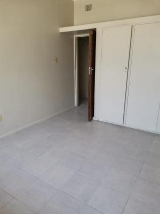 Kroonstad, 1 Bedroom Bedrooms, ,1 BathroomBathrooms,Apartment / Flat,For Rent,1169