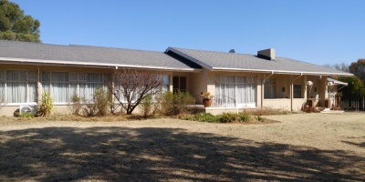 Kroonstad, 4 Bedrooms Bedrooms, ,2 BathroomsBathrooms,House,For Sale,1182