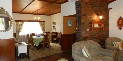 Kroonstad, 4 Bedrooms Bedrooms, ,3 BathroomsBathrooms,House,For Sale,1067